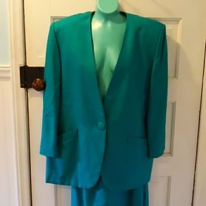 Christian Dior 14 blazer and skirt business suit